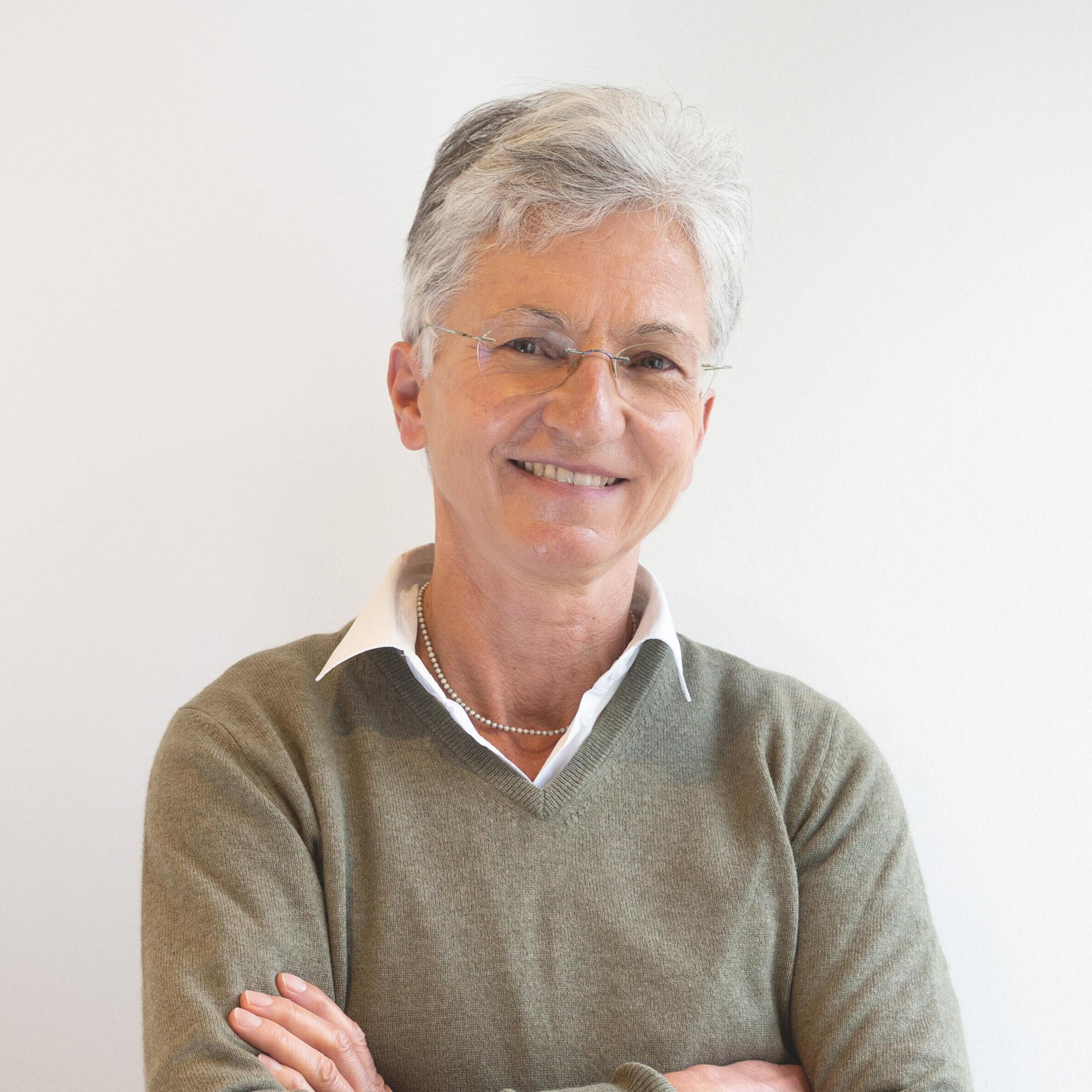 Das Foto zeigt Frau Dr. med. Corinna Meyer zu Schwabedissen, Ärztin des Endomedicums in Düsseldorf. Fachärztin für Innere Medizin.
