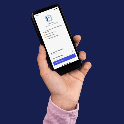 Das Bild ein Smartphone mit geöffneter Gesundakteapp. Das Bild steht für unser digitales Angebot in Düsseldorf des Endomedicums - MVZ für Innere Medizin und Hormon- und Stoffwechselerkrankungen