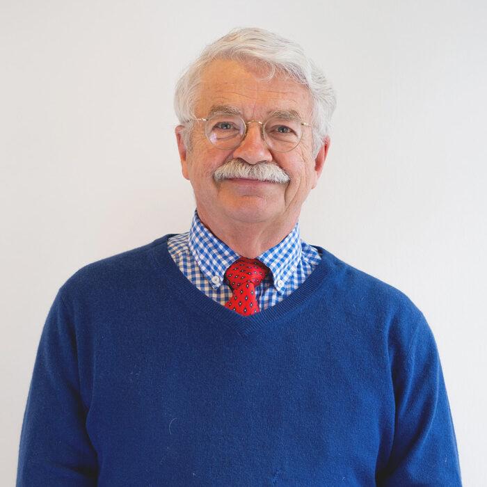 Das Foto zeigt Herrn Dr. med. Winfried Thraen, Arzt des Endomedicums in Düsseldorf. Facharzt für Innere Medizin & Hormon- und Stoffwechselerkrankungen. Endokrinologe und Diabetologe